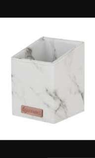 (ORDERED) BH COSMETICS ANGLED BRUSH HOLDER IN MARBLE