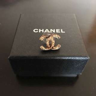 Chanel ear ring