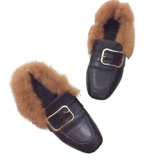 Gucci-inspired loafers with fur