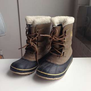 Sorel boots - tan leather, size 6 women's