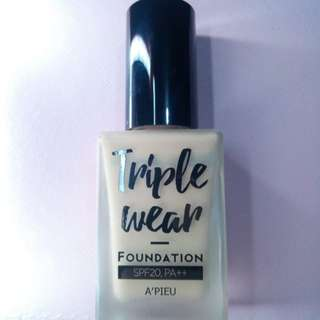AUTHENTIC A'pieu / Apieu Triple Wear Foundation (beige) Made in Korea (Korean Cosmetics)