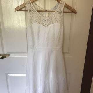 FOREVER NEW ELEGANT DRESS