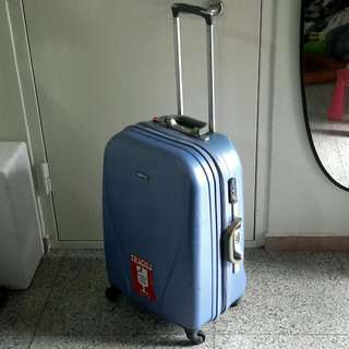 "Swiss Polo 26"" Spin 4 Wheel Luggage Case"
