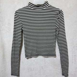 H&m ribbed mock neck longsleevs