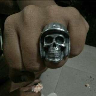 Ring tengkorak fourspeed