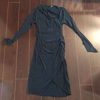 Aritiza size medium blue dress!