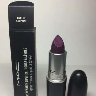 MAC Lipstick Quelle Surprise
