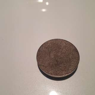 The balm single eyeshadow refill in #08