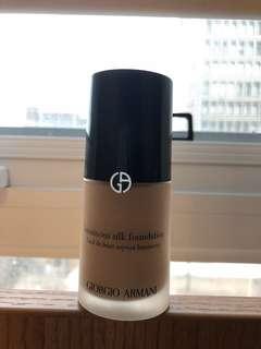 Giorgio Armani luminous silk foundation (shade 5)