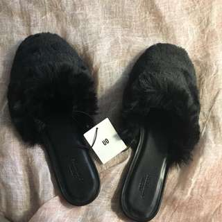 Fur Slides -Urban Outfitters