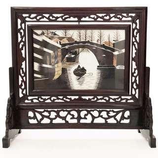 小橋遊船河刺繡鏤空雕花木框屏風擺件
