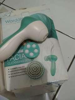 Cleansing set wardah