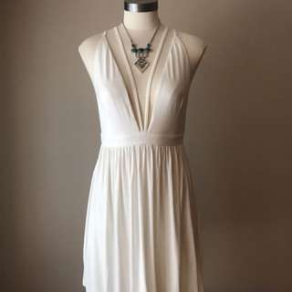 Toni White plunging-neckline sleeveless dress