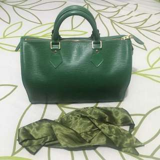 Authentic LV Louis Vuitton and Gucci bags