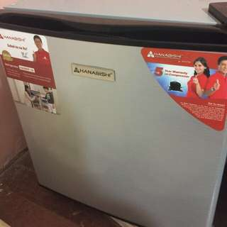 Hanabishi Personal Refrigerator