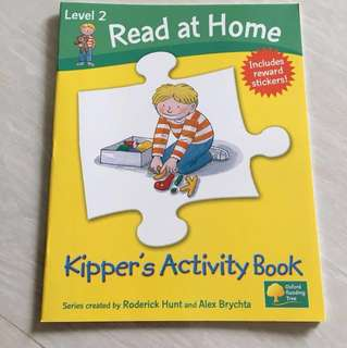 Read at home  Level 2 : Kipper's Activity book