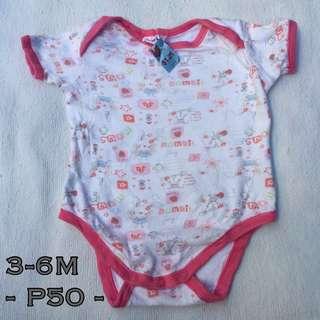 Preloved onesie 3-6M