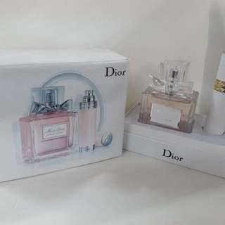 Miss Dior with automizer set