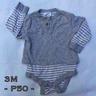 Preloved onesie 3M