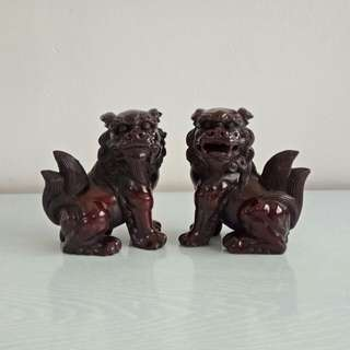 Vintage A Pair Of Lion height 13cm perfect