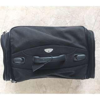 Samsonite 2 wheeled Duffel Bag / Suitcase