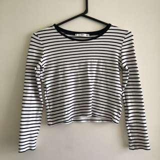 SIZE XS STRIPED TOP
