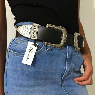 Black Leather Double Buckle Belt - Size XS/S