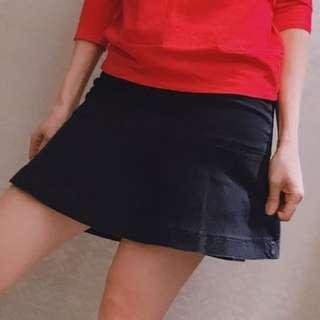 Agnes b 牛仔短裙$400