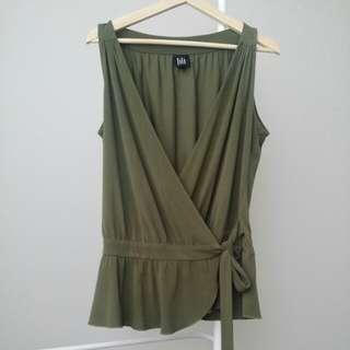 Lili Wrap Top Size 12