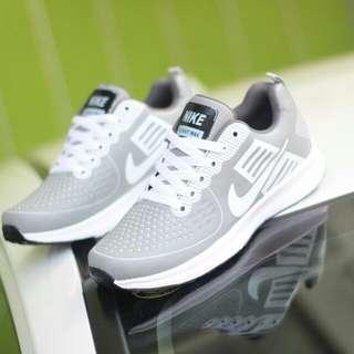 Sepatu Nike Zoom Pria