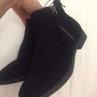 Brand New Black Boots Size 7