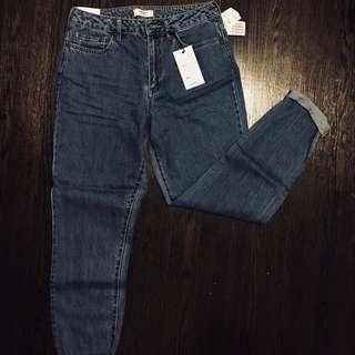 BNWT mom jeans (27)