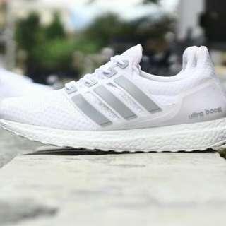Sepatu Adidas Utraboost Men