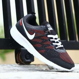 Nike Zoom Flyknite Mrn