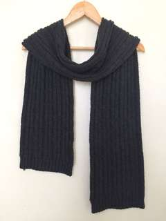 Forever21 cable knit scarf