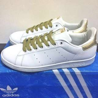 *SALE!* Adidas Stan Smith