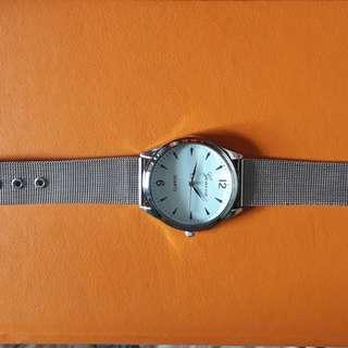 Jam tangan geneva