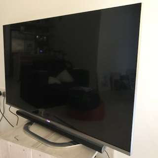 PRICE REDUCED - LG LED Smart 3D 47 inch