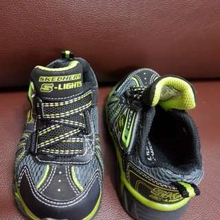 Skechers lights rubber shoes