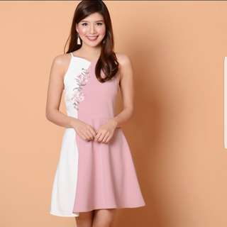 Lilie Embroidery Dress in Pink