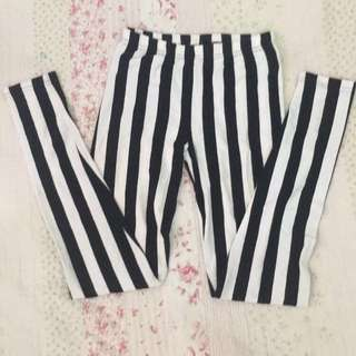 Black and White Stripes Leggings