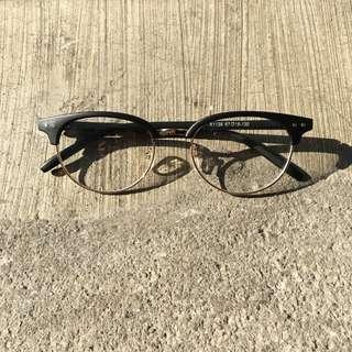 Sunnies Specs
