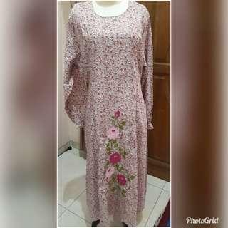 Long Dress kancing Belakang bahan Katun Malang