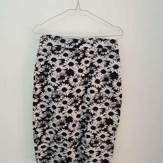Black Floral Skirt/ Black Flower Skirt / Rok Hitam