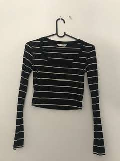 Long sleeve stripey black and white top