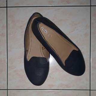Rubi (Cotton On) Flat Shoes