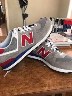 New balance shoes