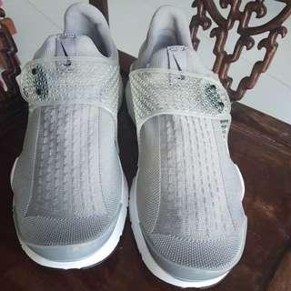Nike Sock Dart (Gray/Silver)