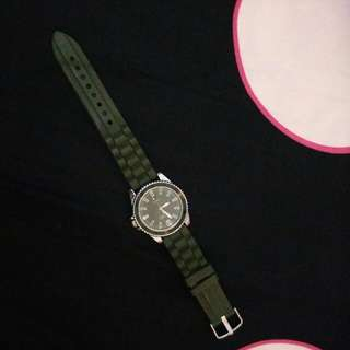 Preloved! VNC Green Army Watch