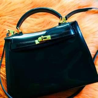 Small Beachkin Bag (Color: Black)